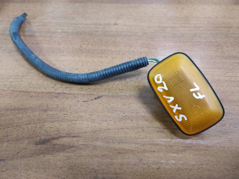 Повторитель в крыло Toyota Camry Gracia SXV20 (б/у)