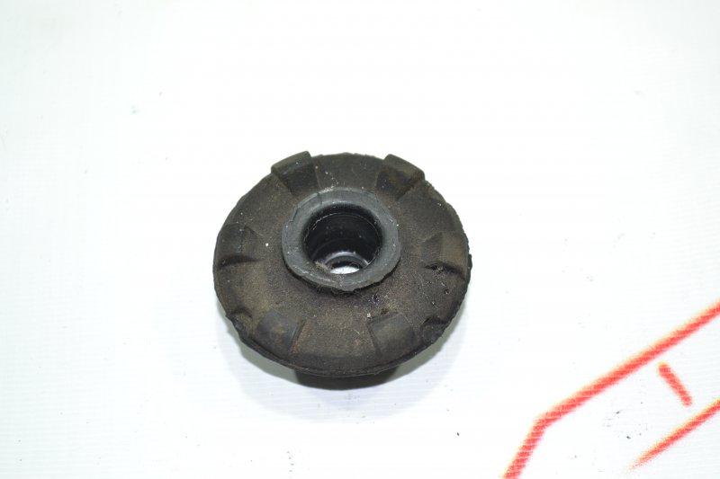 Подушка радиатора Toyota Corolla NZE121 1NZ 2001 (б/у)