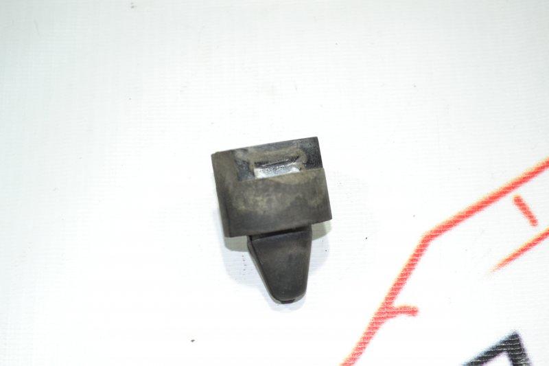 Подушка радиатора кондиционера Toyota Corolla NZE121 1NZ 2001 (б/у)