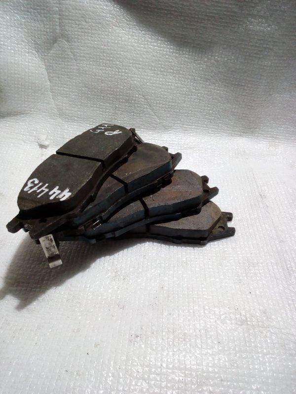 Тормозные колодки Nissan Sunny B15 QG15 переднее (б/у)