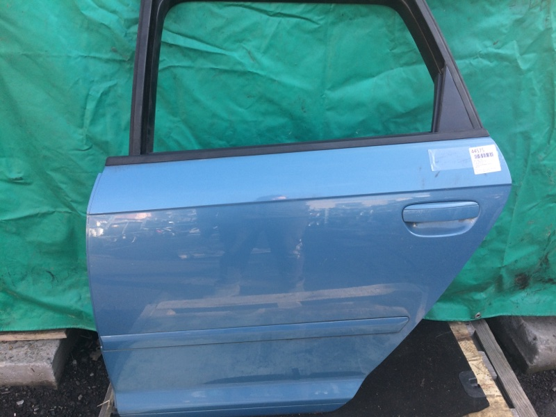 Дверь Audi A3 8PA 2008 задняя левая (б/у)