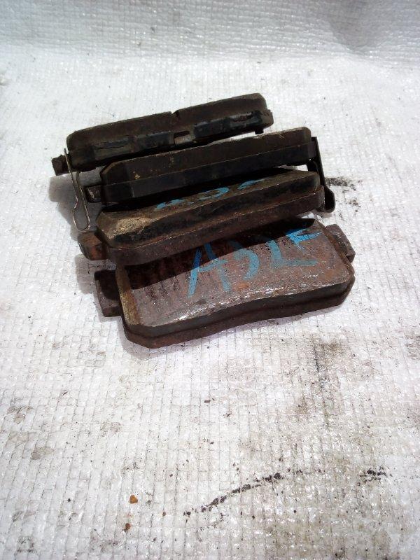 Тормозные колодки Nissan Primera P11 заднее (б/у)