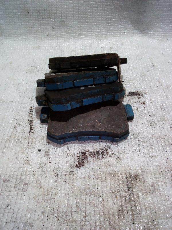 Тормозные колодки Honda Accord CF3 заднее (б/у)