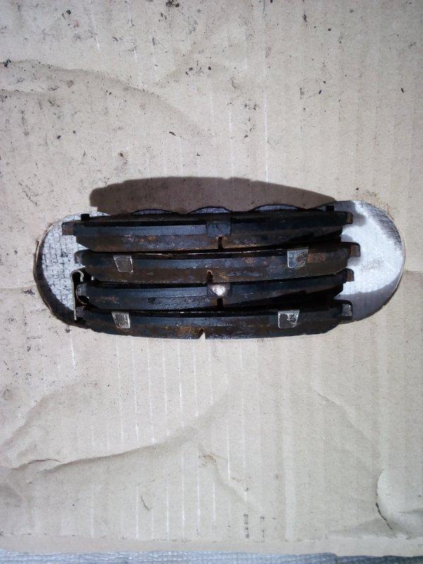 тормозные колодки Nissan A33 VQ20 F б/у