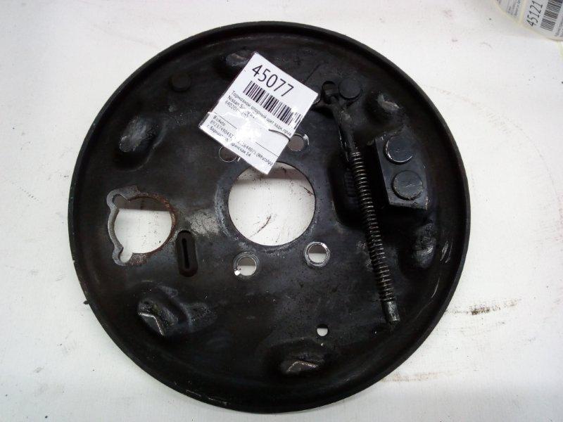 Тормозной опорный щит Nissan Sunny B15 задний правый (б/у)