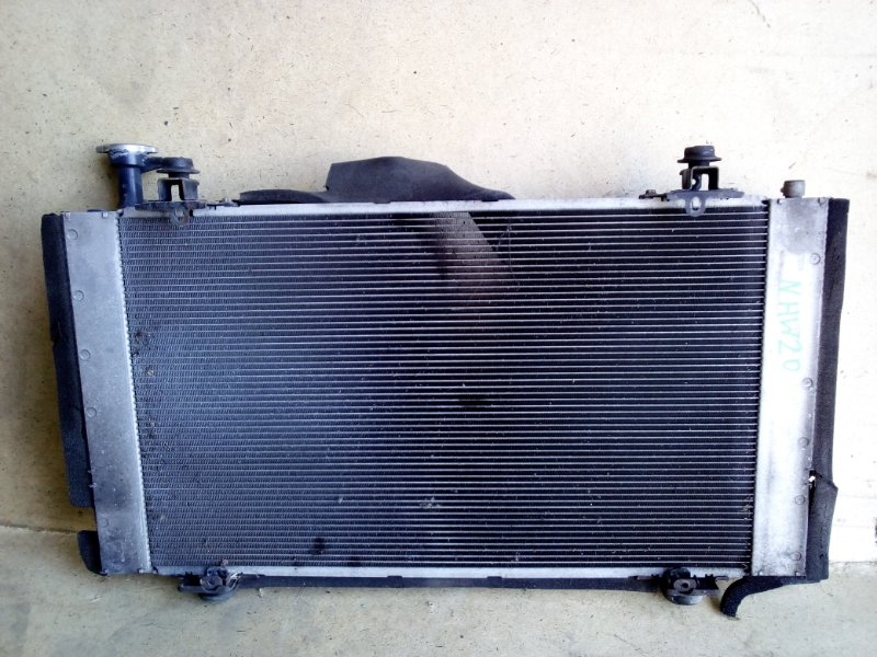Радиатор двс Toyota Prius NHW20 1NZFXE (б/у)