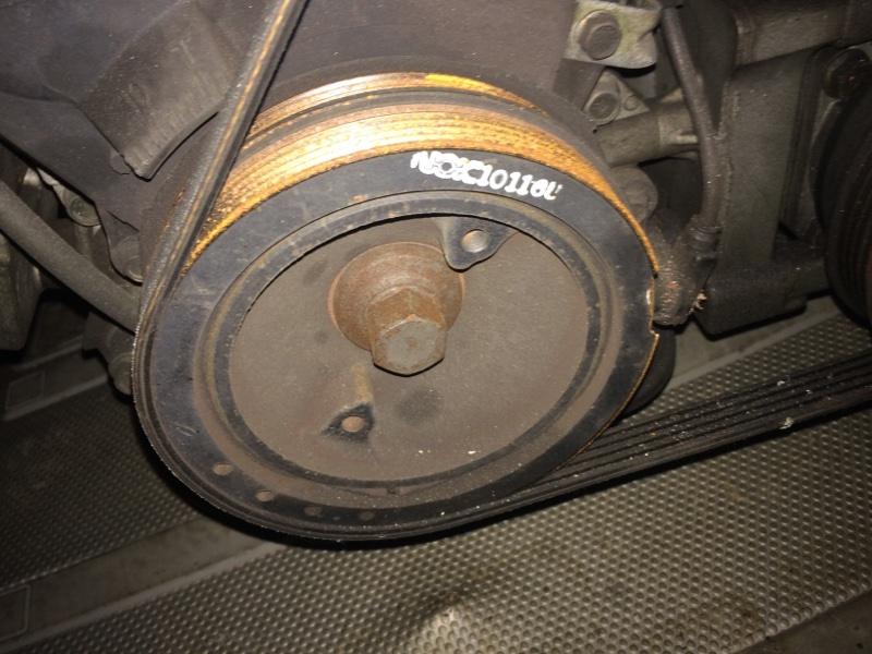 Шкив коленвала Mazda Premacy CP8W FPDE (б/у)