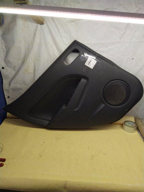 Обшивка двери Mazda Demio DE3FS задняя левая (б/у)
