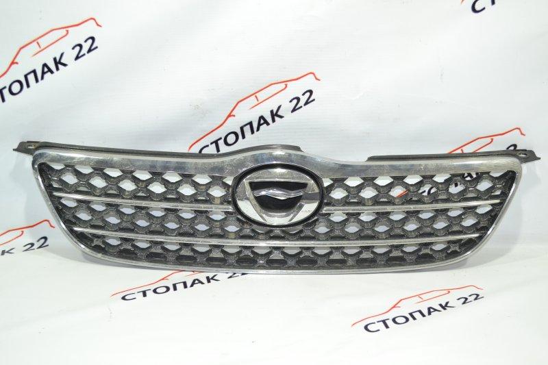 Решетка радиатора Toyota Corolla NZE121 1NZ 2002 (б/у)
