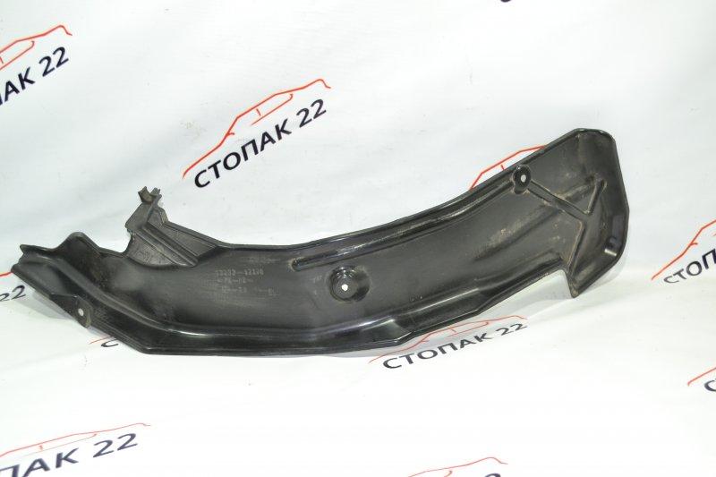 Защита горловины топливного бака Toyota Corolla NZE121 1NZ 2002 (б/у)