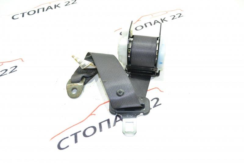 Ремень безопасности Toyota Corolla NZE121 1NZ 2002 задний (б/у)