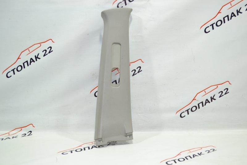 Накладка средней стойки Toyota Corolla NZE121 1NZ 2002 правая верхняя (б/у)