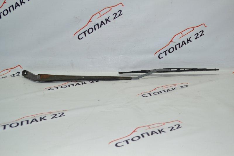 Дворник Toyota Corolla NZE121 1NZ 2002 правый (б/у)