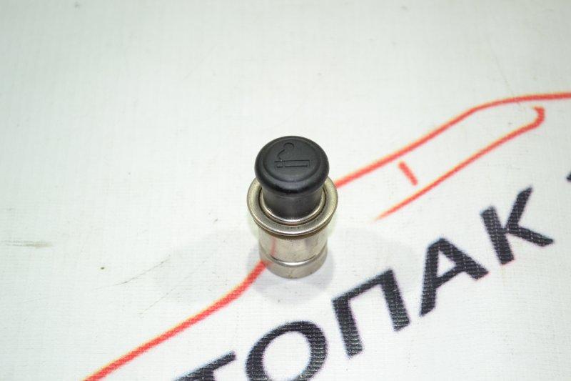Прикуриватель Toyota Corolla NZE121 1NZ 2002 (б/у)
