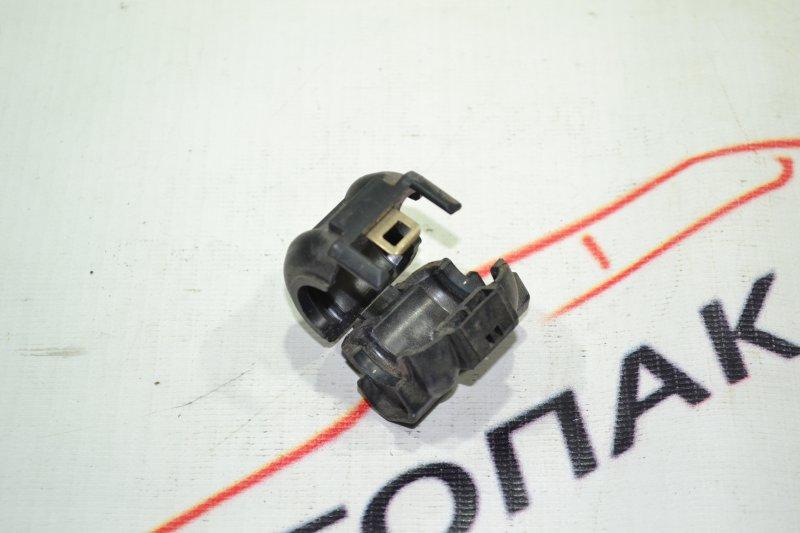 Фиксатор трубки кондиционера Toyota Corolla NZE121 1NZ 2002 (б/у)