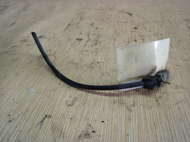 Датчик abs Nissan Cube Z11 2002 передний (б/у)