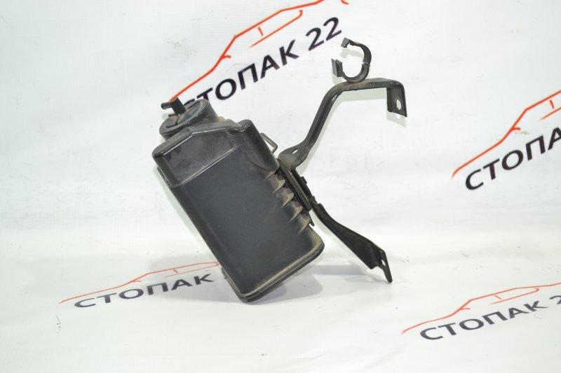 Фильтр паров топлива Toyota Corolla NZE121 1NZ 2002 (б/у)