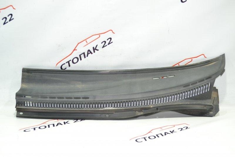 Решетка под дворники Toyota Corolla NZE121 1NZ 2002 левая (б/у)