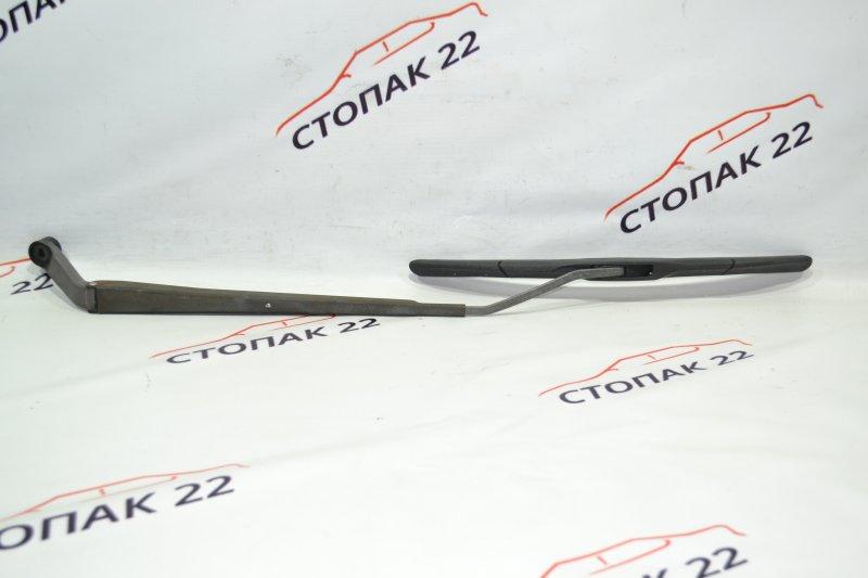 Дворники Toyota Corolla NZE121 1NZ 2002 правые (б/у)