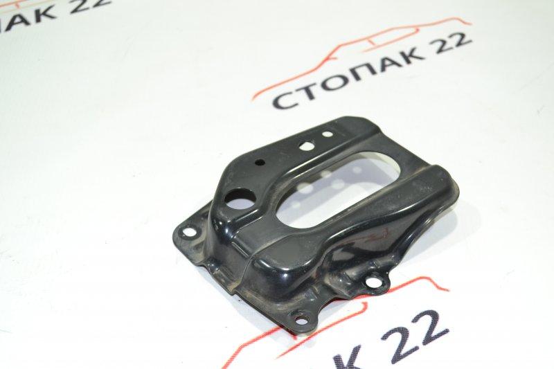 Подставка под аккумулятор Toyota Corolla NZE121 1NZ 2002 (б/у)