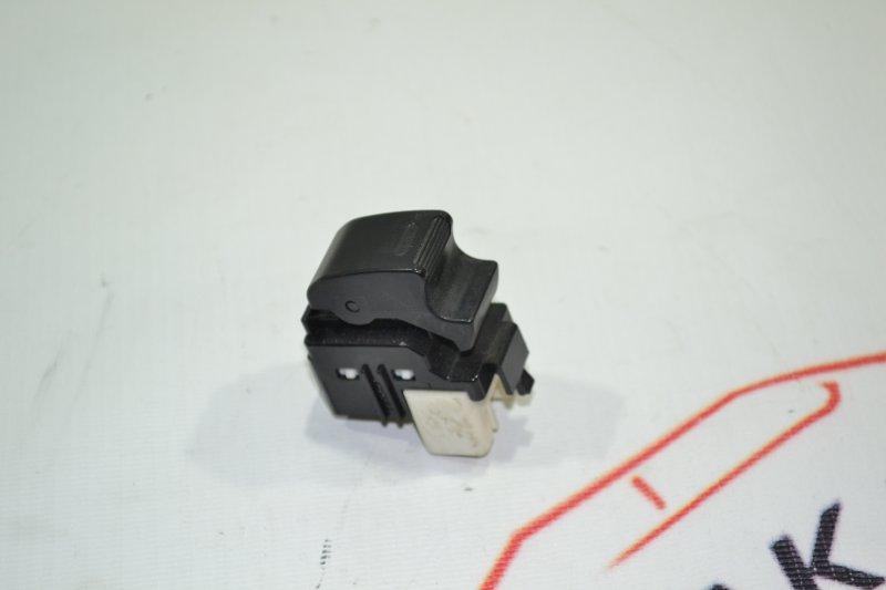 Кнопка стеклоподъемника Toyota Corolla NZE121 1NZ 2002 (б/у)