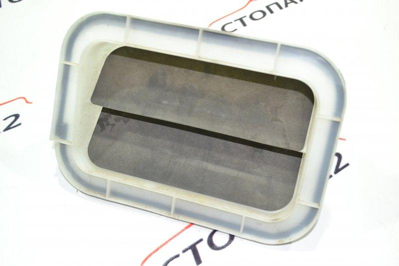 Клапан вентиляции багажного отсека Toyota Corolla NZE121 1NZ 2002 (б/у)