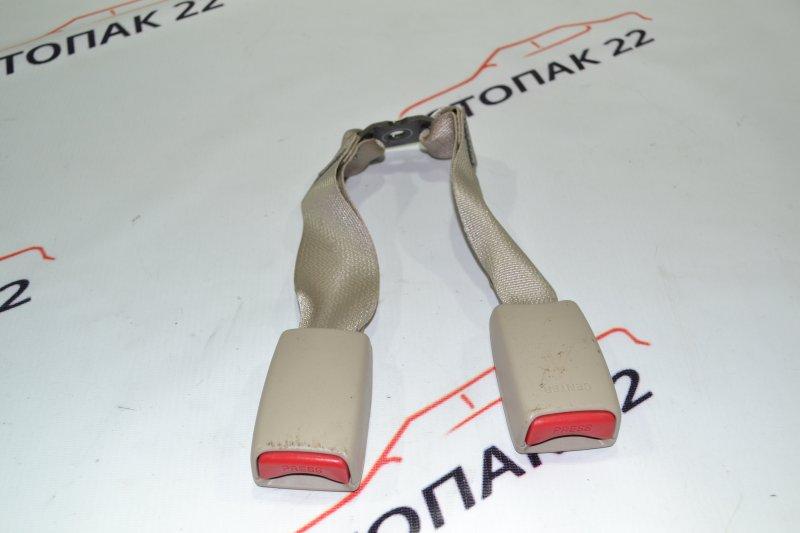 Замок ремня безопасности Toyota Corolla NZE121 1NZ 2002 задний (б/у)