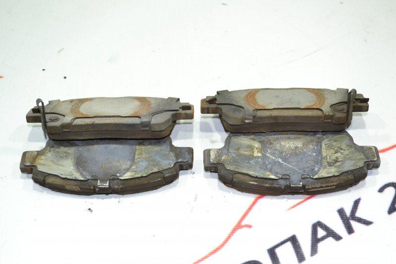 Тормозные колодки Toyota Corolla NZE121 1NZ 2002 переднее (б/у)