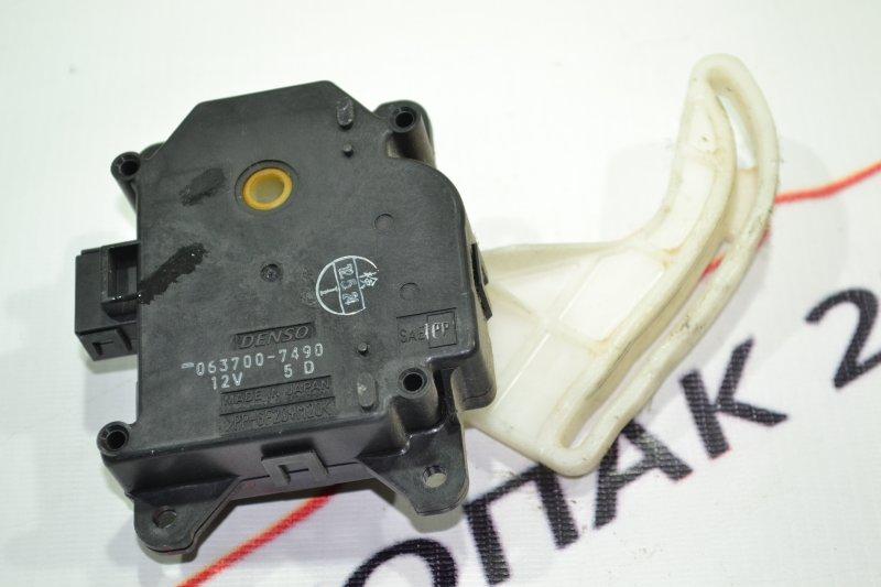 Сервопривод заслонок печки Toyota Corolla NZE121 1NZ 2002 (б/у)