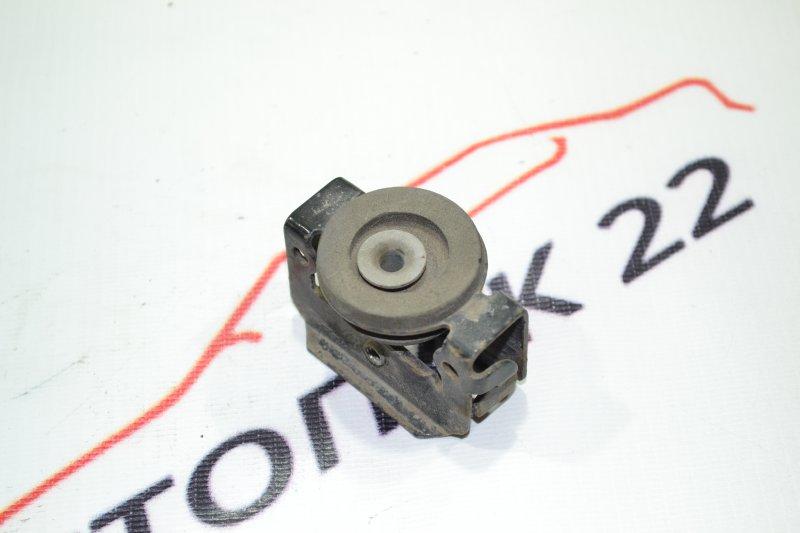 Крепление радиатора кондиционера Toyota Corolla NZE121 1NZ 2002 (б/у)