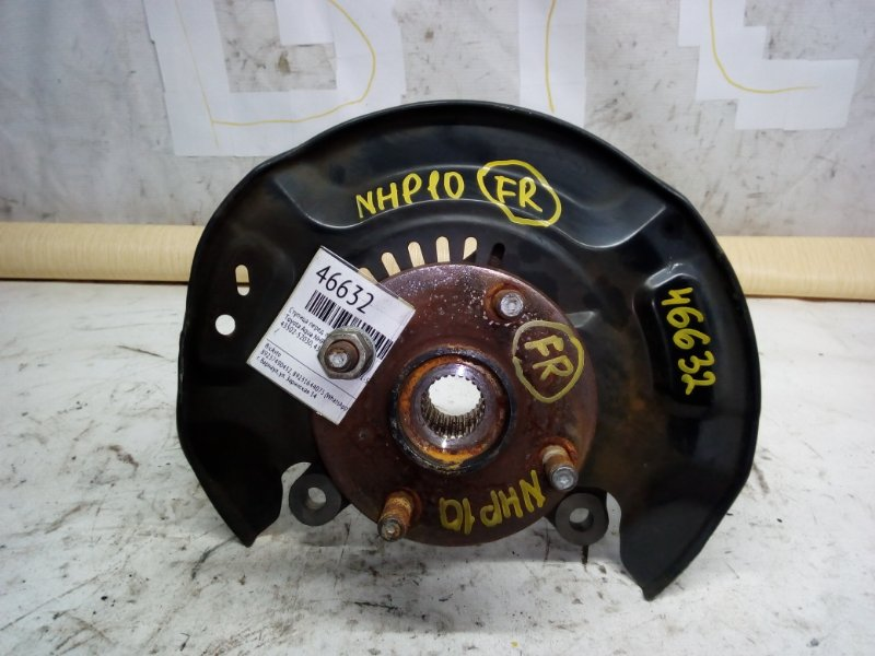 Ступица Toyota Aqua NHP10 передняя правая (б/у)