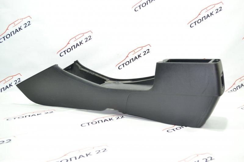 Консоль между сидений Toyota Runx NZE121 1NZ 2002 (б/у)