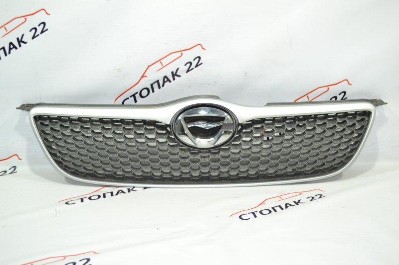 Решетка радиатора Toyota Runx NZE121 1NZ 2002 (б/у)