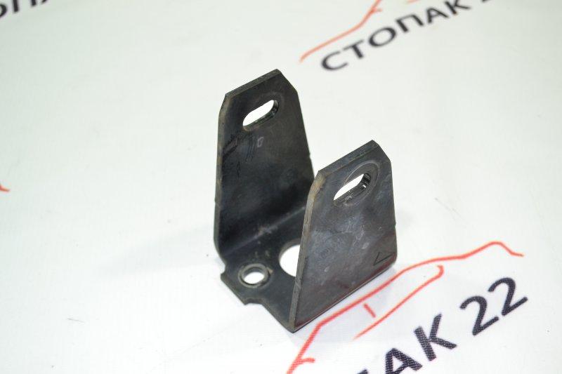 Кронштейн опоры двигателя Toyota Runx NZE121 1NZ 2002 передний (б/у)