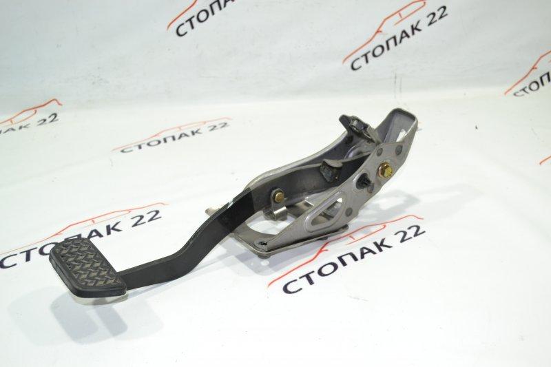 Педаль тормоза Toyota Runx NZE121 1NZ 2002 (б/у)