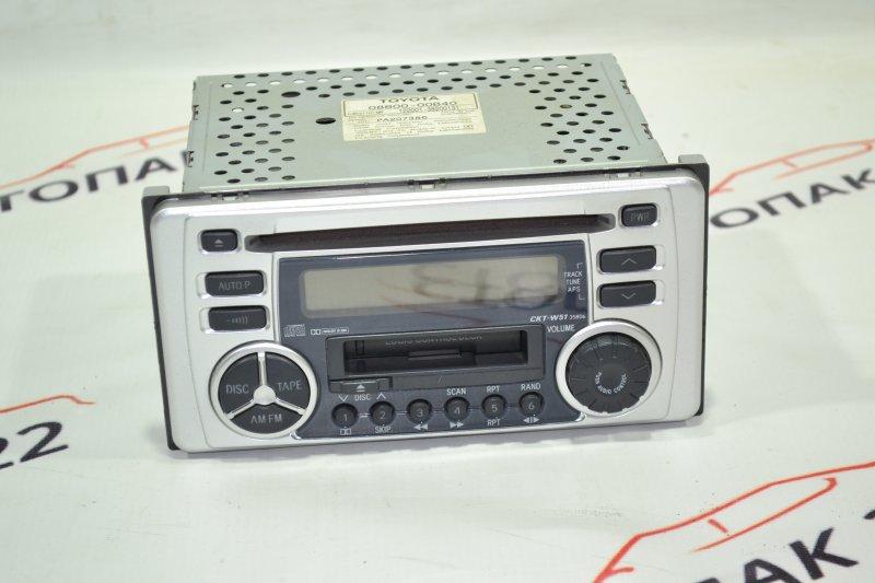Магнитофон Toyota Runx NZE121 1NZ 2002 (б/у)