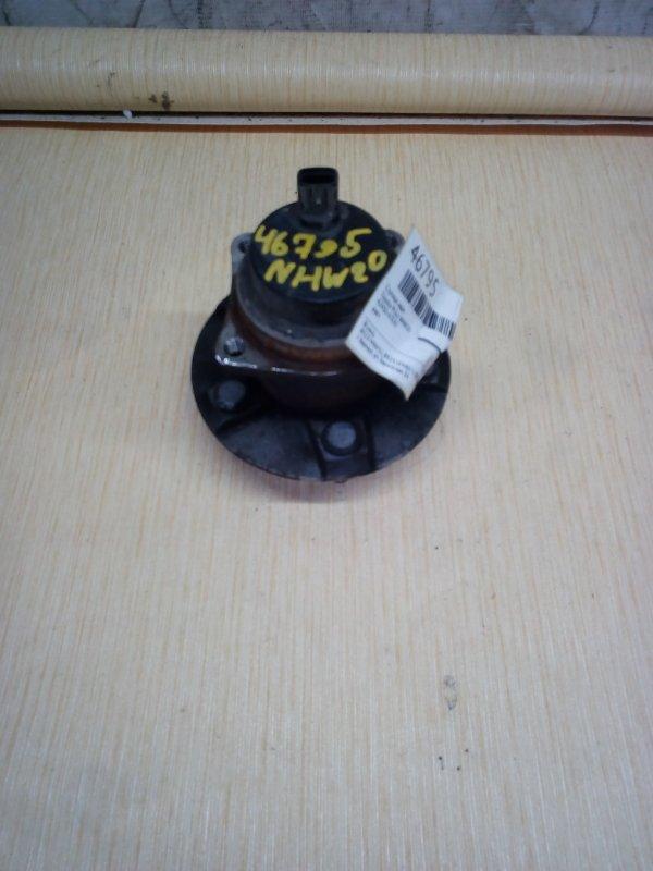 Ступица Toyota Prius NHW20 задняя (б/у)