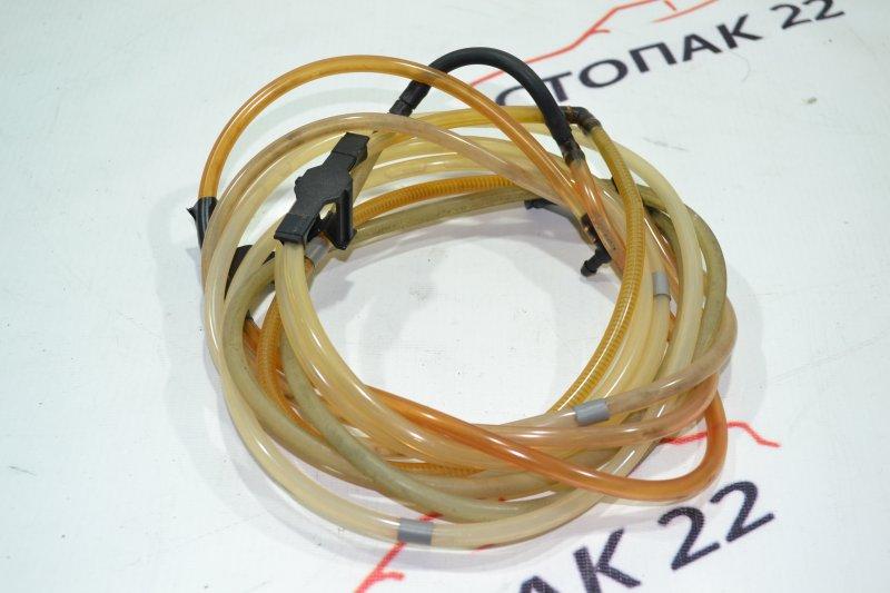 Шланг омывателя Toyota Runx NZE121 1NZ 2002 (б/у)