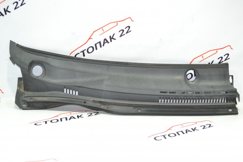 Решетка под дворники Toyota Runx NZE121 1NZ 2002 правая (б/у)
