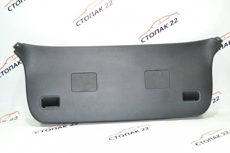 Обшивка крышки багажника Toyota Runx NZE121 1NZ 2002 (б/у)