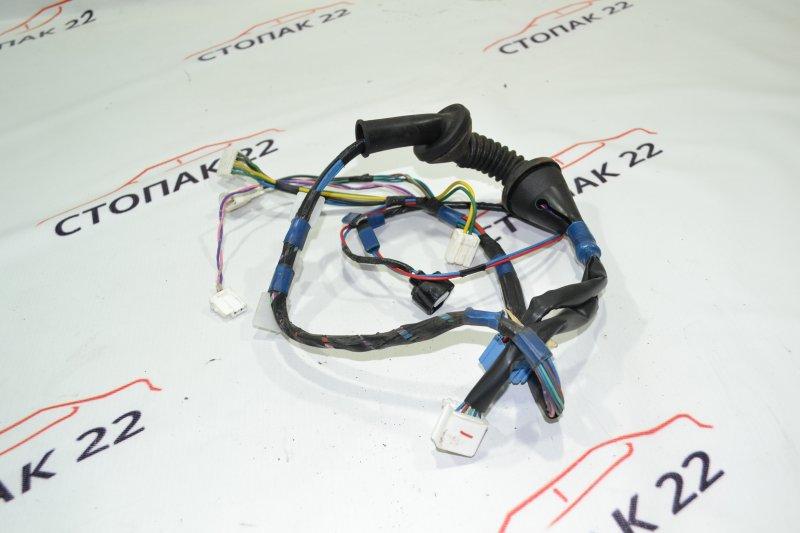 Проводка с двери Toyota Runx NZE121 1NZ 2002 передняя левая (б/у)