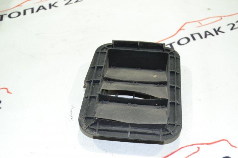 Клапан вентиляции багажного отсека Toyota Runx NZE121 1NZ 2002 левый (б/у)