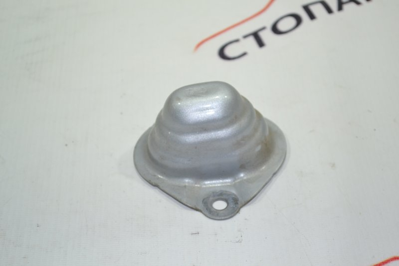 Кронштейн бампера заднего Toyota Runx NZE121 1NZ 2002 (б/у)