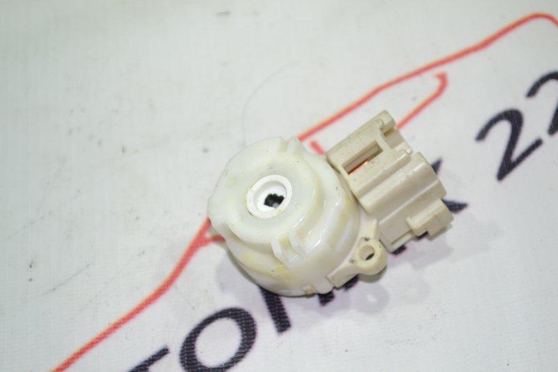 Контактная группа замка зажигания Toyota Runx NZE121 1NZ 2002 (б/у)