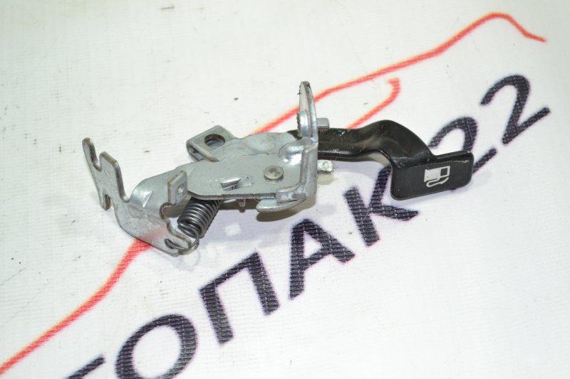 Ручка открывания лючка бензобака Toyota Runx NZE121 1NZ 2002 (б/у)