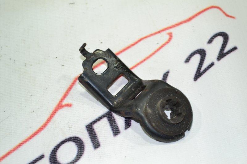 Крепление радиатора охлаждения Toyota Runx NZE121 1NZ 2002 верхнее (б/у)