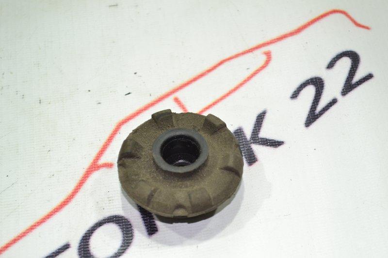 Подушка радиатора Toyota Runx NZE121 1NZ 2002 (б/у)
