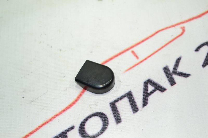 Заглушка гайки дворника Toyota Runx NZE121 1NZ 2002 (б/у)