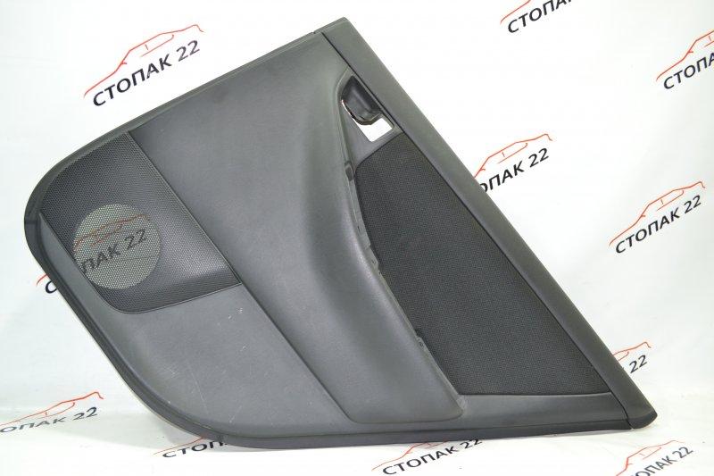 Обшивка двери Toyota Runx NZE121 1NZ 2002 задняя правая (б/у)