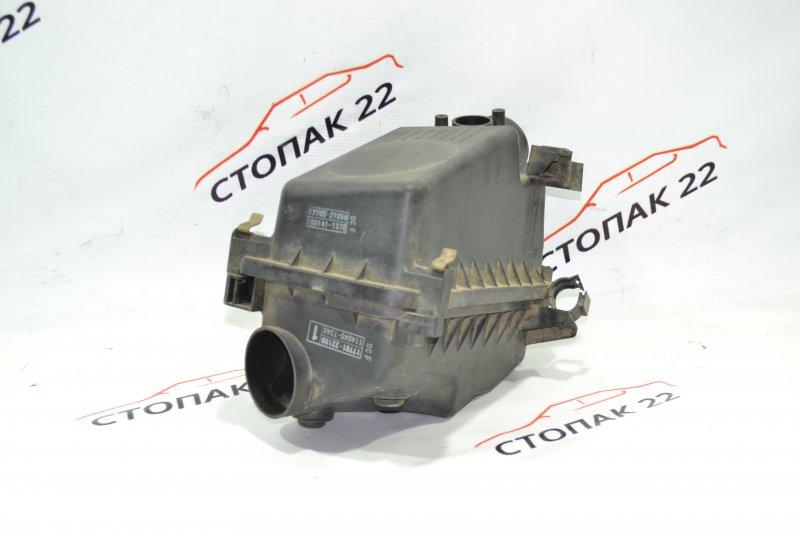 Корпус воздушного фильтра Toyota Corolla NZE121 1NZ 2001 (б/у)